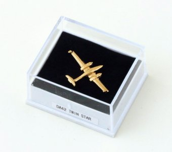 PINS DIAMOND DA42