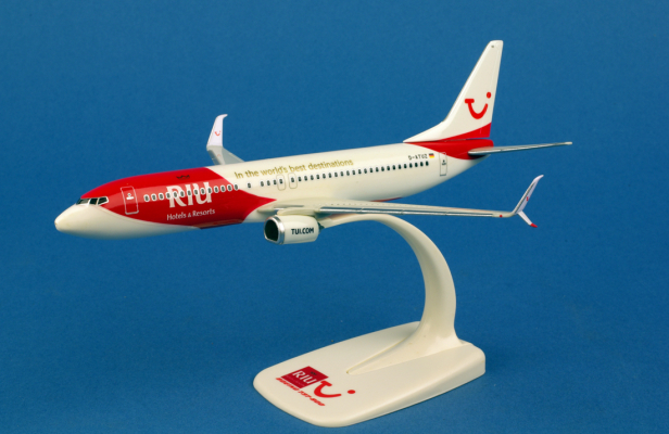 Boeing 737-800 TUIfly RIU Hotels et Resorts au 1/200