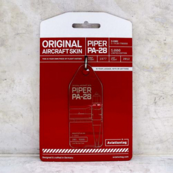 Porte-clé/porte-étiquette PIPER PA-28 immat D-EBRI