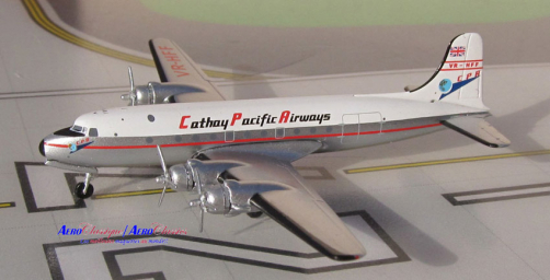 DC-4 VR-HFF CATHAY PACIFIC AIRWAYS au 1/1400