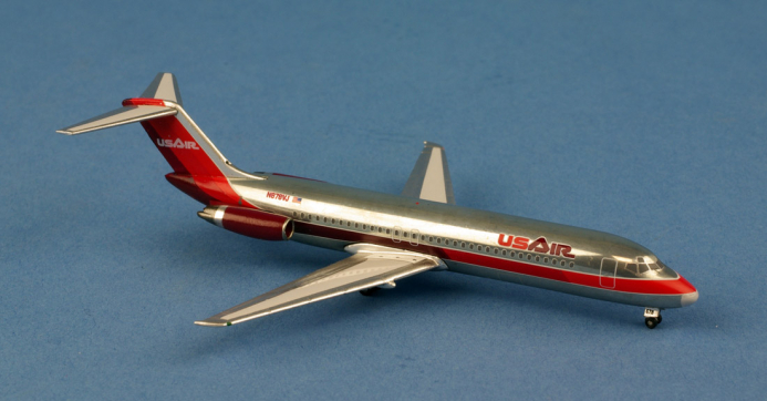 DC-9-32 US AIR N878VJ au 1/400